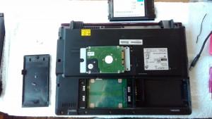 FMV BIBLO NF/D50 ハードディスク取り出し