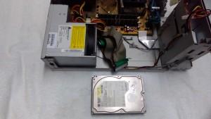 FMV E620(FMVE20N2A1) HDD取り出し