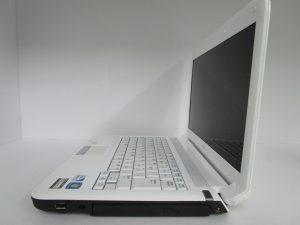 中古PC Lavie LE150/E