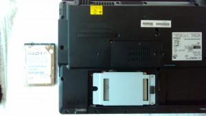 FMV BIBLO NF/D50 SSD取り付け
