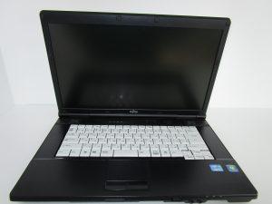 中古PC FUJITSU LIFEBOOK A572E